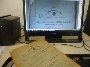 Trabalho de digitalização de documentos
