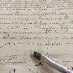 Trabalho de Higienização e Pequenos Reparos em Documentos