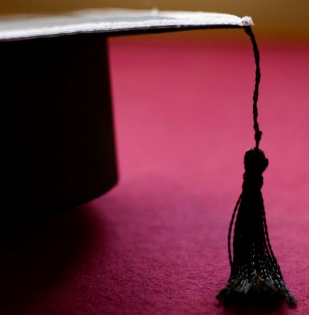 182 alunos de seis cursos a distância colam grau nesta terça-feira, 27