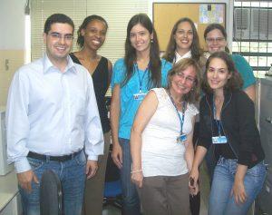Da esquerda para a direita: Prof. Eduardo Gomes, Prof. Márcia Veloso, Flávia Ruback, Cláudia Alves, Michele Lutf, Inaiara Cóser e Tatiana Maestri
