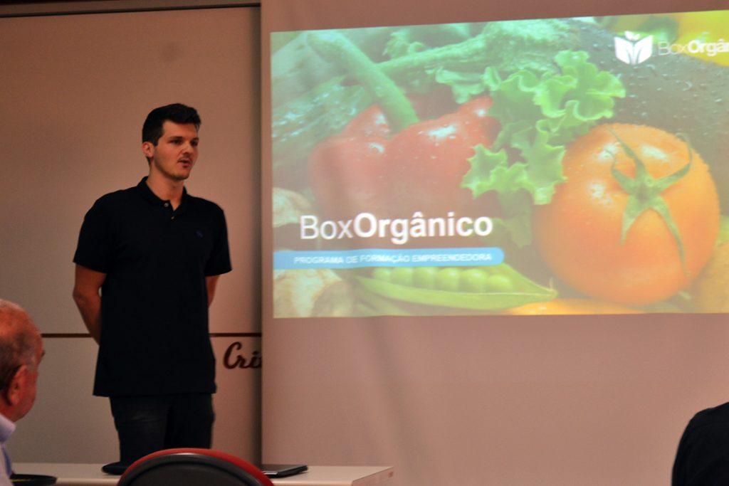 """Soluções apresentadas vão de """"feira"""" de orgânicos virtual a controlador de gás. Foto: Lílian Delfino/UFJF"""