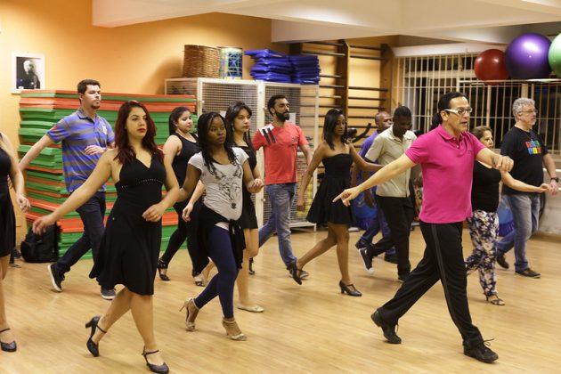 Festival Pés de Valsa apresenta danças de salão no Central