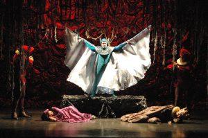 """Foto da apresentação """"A Tempestade"""", de William Shakespeare, realizada pelo Grupo Divulgação"""
