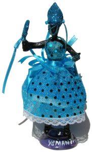 Representação de Iemanjá de origem juizforana  e confeccionada em diversos materiais é uma das peças que compõe a exposição