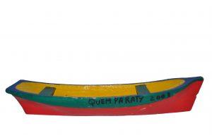 A exposição reúne trinta e oito peças que representam  diversos tipos de embarcações