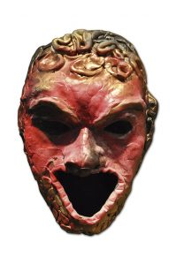 """Máscara do Titã Cronos usada no espetáculo """"Deuses e Heróis"""""""