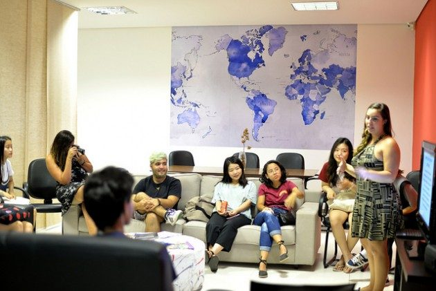 As soon as the foreign student arrived at UFJF, they are welcome by the staff of Internacional Office and presented to theirs buddies