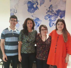 Da esquerda para a direita: Hugo Rocha, gerente de Relações Internacionais; Ana Cláudia Suriani da Silva, professora da UCL; Maria Cláudia Bonadio, coordenadora do Programa de pós-graduação do IAD; Barbara Daibert, Diretora de Relações Internacionais.
