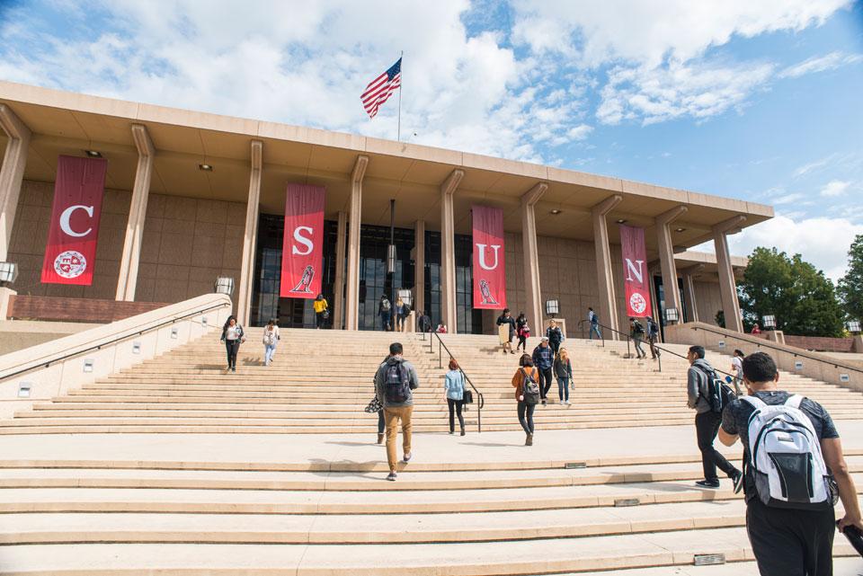Programa ofertado pela California State University, Northridge (CSUN) em conjunto com a University of La Verne (ULV) estão com inscrições abertas para bolsas parciais.