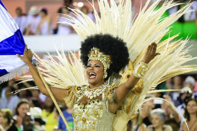 Beija-Flor-carnaval-do-Rio-de-Janeiro-2015-foto-Tata-Barreto-Riotur_201502170016-850x566
