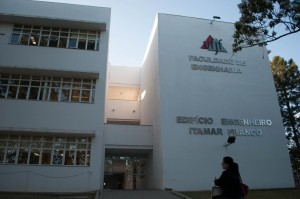 Faculdade de Engenharia Foto Twin Alvarenga