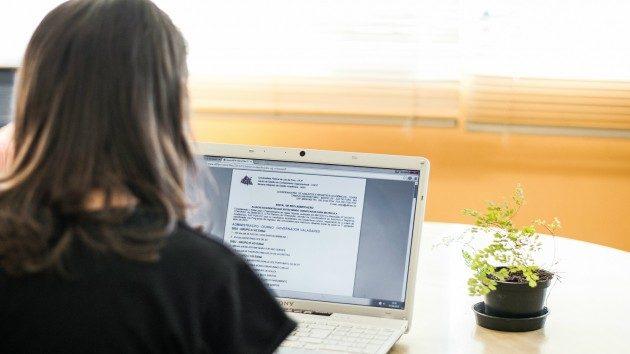 No dia 10 de agosto, os candidatos que realizaram a pré-matrícula on-line deverão efetivar a matrícula de forma presencial para entrega da documentação exigida (Foto: Caique Cahon)