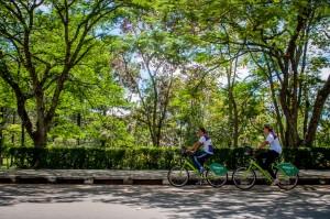 Para usar bicicletas é necessário realizar cadastro prévio (Foto: Alexandre Dornelas)