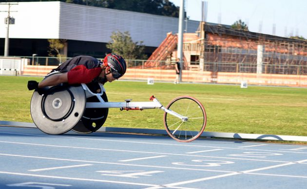 wheelchair race athletes exercised and tested the track at Faefid (Photo: Twin Alvarenga/UFJF)