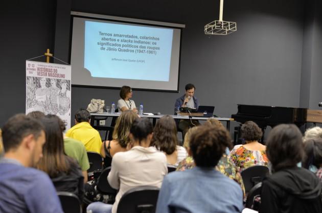 Seminário História da Moda e do Vestir Masculino (Foto: Twin Alvarenga)