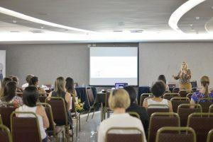 Workshop fez parte da programação de pré-congresso do X Simpósio de Endocrinologia e Metabologia da UFJF (Foto: Twin Alvarenga)