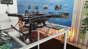 Drone produzido na UFJF foi exposto durante o evento (Foto: Arquivo pessoal/Alexandre Bessa)