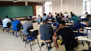 O curso é gratuito e voltado para estudantes da rede pública de ensino ou bolsistas integrais de escolas particulares (Foto: Arquivo pessoal)