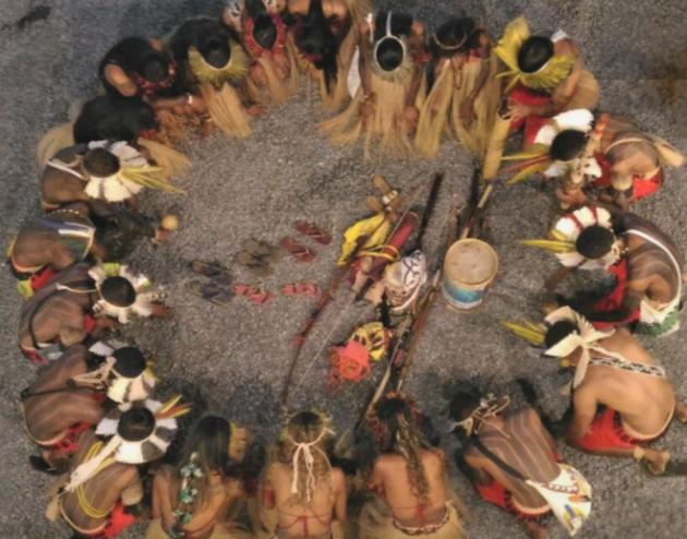 """Grupo de pesquisa """"Religiões e Religiosidades Indígenas"""" recebe o professor da Unimontes, Heiberle Horácio para palestra no ICH (Foto: Divulgação)"""