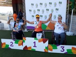 Gévelyn Cássia Almeida conquistou duas medalhas de ouro em competição nacional (Foto: Arquivo pessoal)