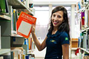 Grupos são uma oportunidade dos alunos iniciarem na pesquisa científica  (Foto: Caique Cahon)
