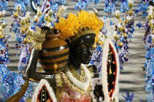 Narrativas sobre os negros em desfiles também são objetos de pesquisa (Foto: Gabriel Santos/RioTur)