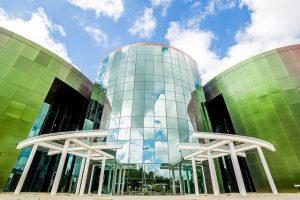 É a primeira vez que a jornada acontece no novo prédio do Centro de Ciências, no campus da UFJF (Foto: Ciro Cavalcanti)