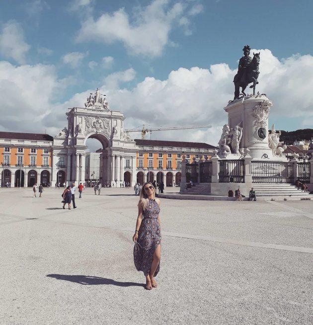 Na cidade de chegada, Polyana descobriu muita história e cultura pelas ruas de Lisboa (Foto: arquivo pessoal)