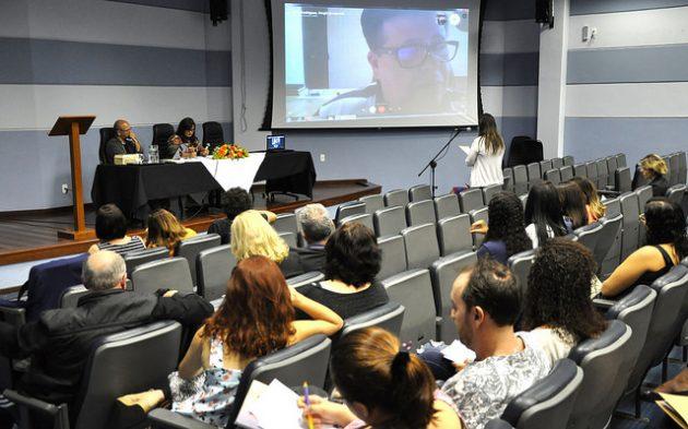 Evento visa contribuir na capacitação dos professores que atuam nas redes de educação de form a assegurar o caráter laico do Estado (Foto: Alexandre Dornelas/UFJF)