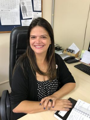 A primeira entrevistada da série é a professora da Faculdade de Serviço Social, Viviane de Souza Pereira (Foto: Arquivo pessoal)