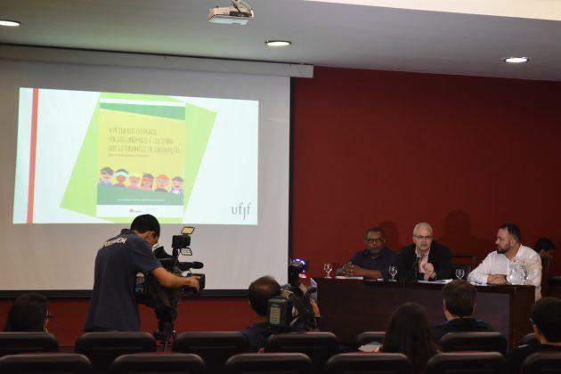 Dados foram divulgados nesta quinta-feira, 16, em entrevista coletiva (Foto: Gustavo Tempone/UFJF)