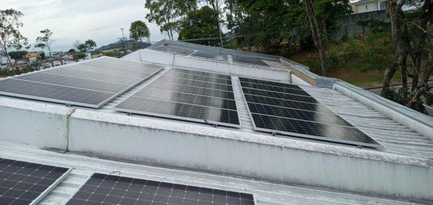 Serão montados 27 conjuntos de placas, totalizando 500 kWp de potência (Foto: Proinfra)