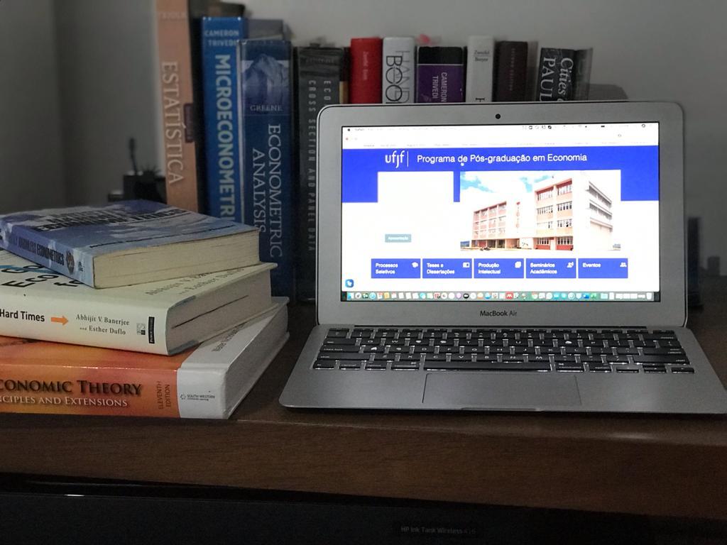 Ensino Emergencial Remoto é aprovado no PPGE