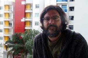 Foto do professor Luís Alberto Rocha Melo