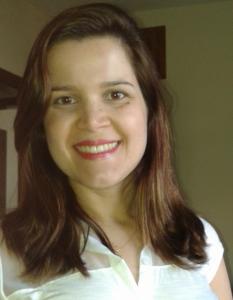 """Professora Carolina Rodrigues: """"O seminário será uma oportunidade para os alunos conhecerem melhor algumas áreas de atuação do profissional de economia"""" (Foto: Arquivo Pessoal)"""