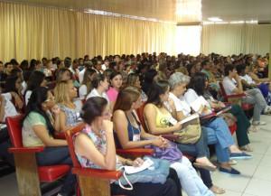 Seminário reuniu 450 pessoas em Valadares (Foto: Divulgação)