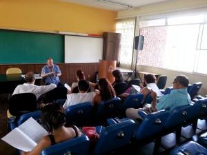 Grupo de Trabalho discute propostas levantadas durante o VIII Seminário de Extensão (Foto: Vívia Lima/Proex)