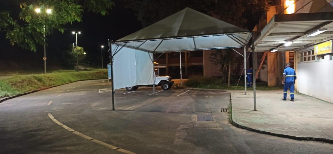 Iluminação das Tendas para Vacinação no drive-thru na UFJF